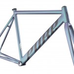 PURE Keirin Track (Duechrome color) by SANTA FIXIE